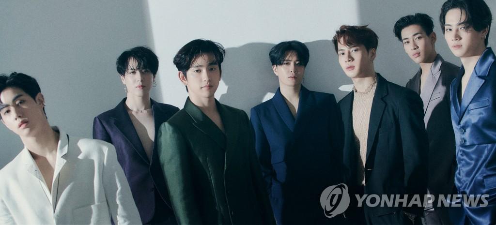 GOT7遭擁堵而摔倒 JYP稱將以法應對