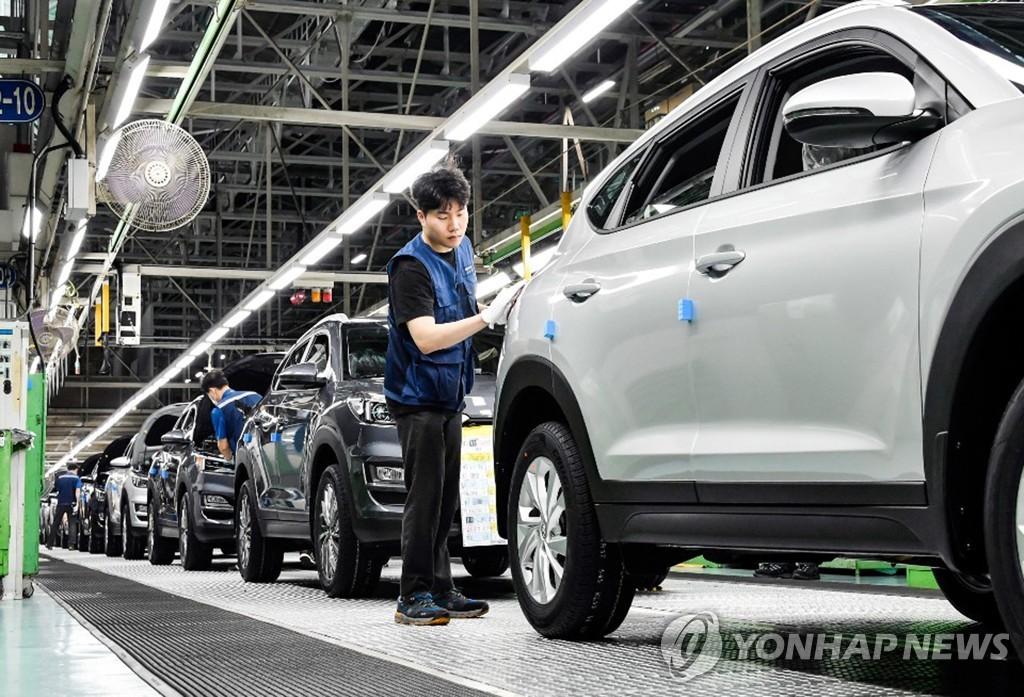 資料圖片:現代汽車蔚山工廠KONA生產線 韓聯社/現代汽車供圖(圖片嚴禁轉載複製)