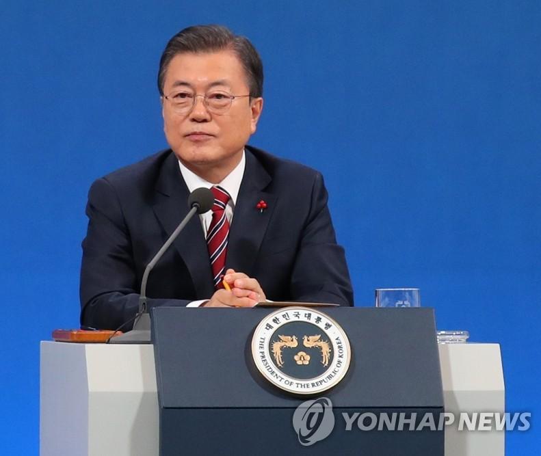 文在寅:期待金正恩回訪南韓