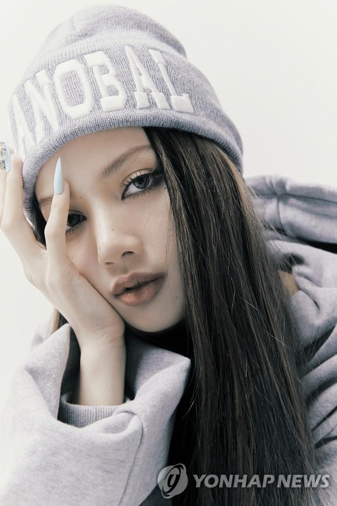 LISA個輯主打歌躋身公告牌百強單曲榜第84位