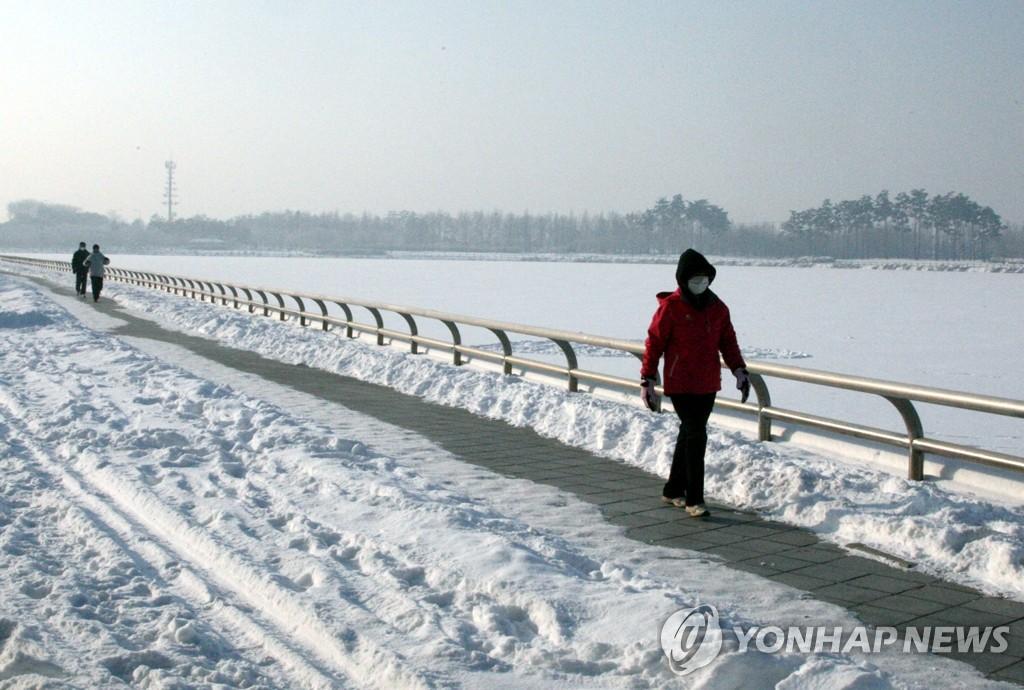 北極寒潮席捲南韓 雪後寒最低零下30度