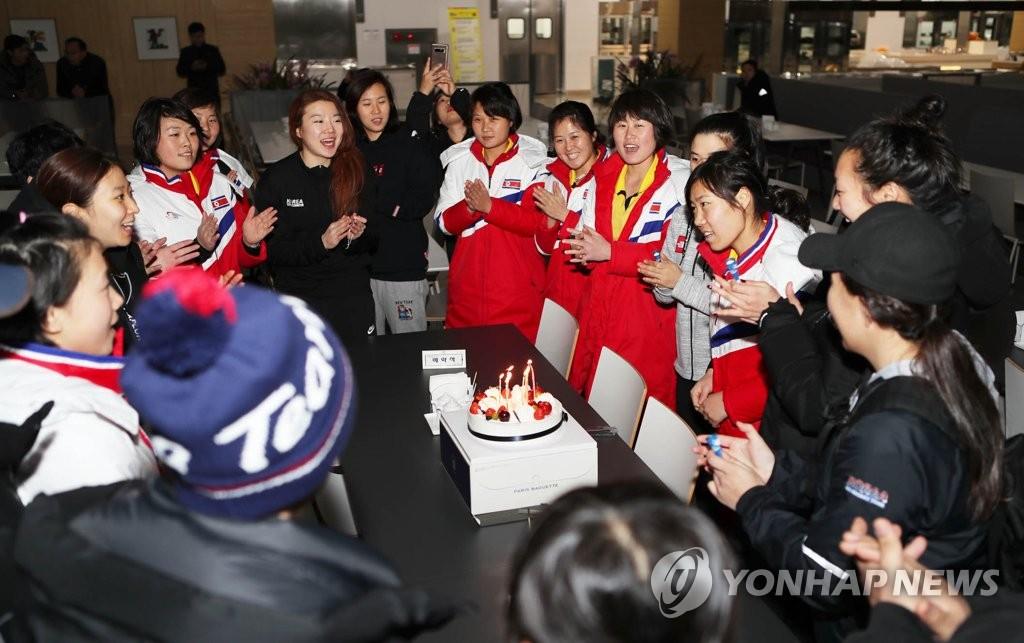 一起慶生的韓朝選手