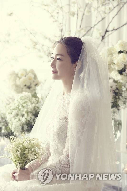 崔智友婚紗照公開