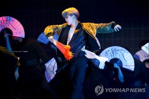 人氣K-POP歌手所穿韓服展在首爾舉行