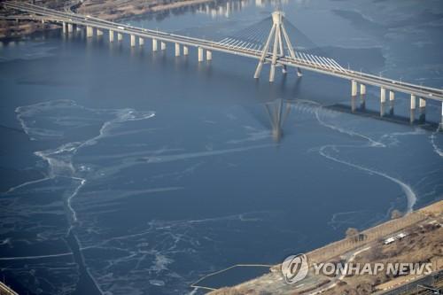 暖冬致首爾漢江去年未結冰