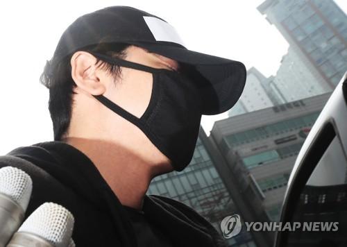 涉性侵演員姜志煥獲刑兩年半緩刑三年