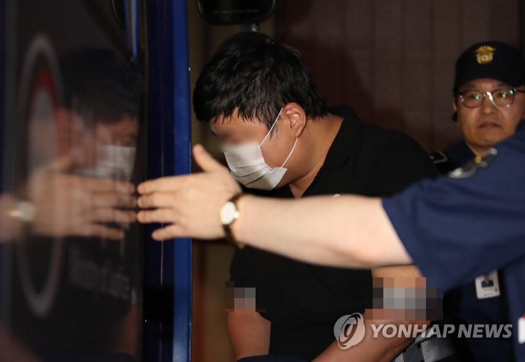 韓前法務部長曹國侄子一審獲刑 非權錢交易