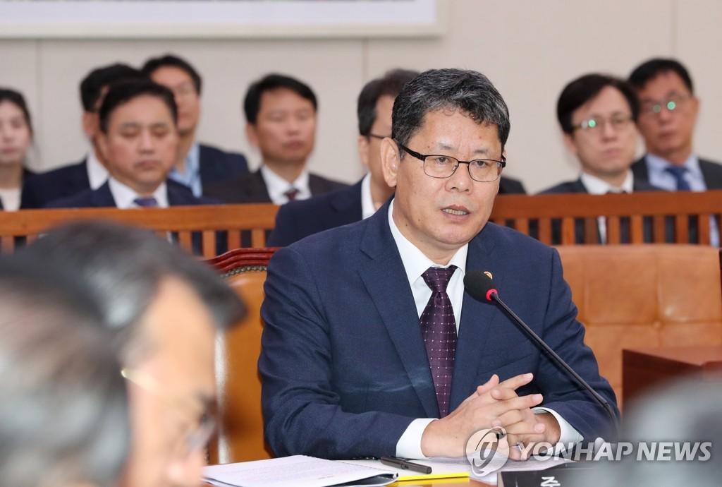 韓統一部長對朝鮮拒絕直播韓朝球賽表失望
