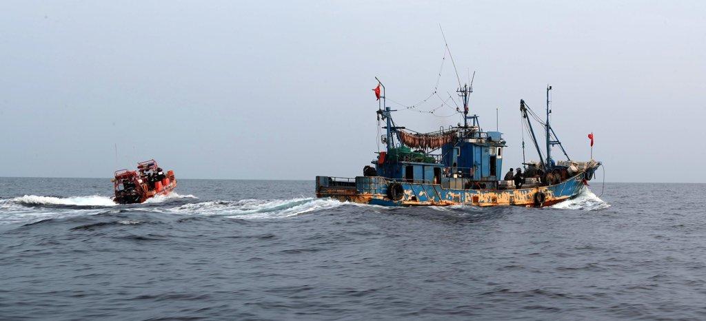 南韓西部海域非法捕撈中國漁船三年翻番