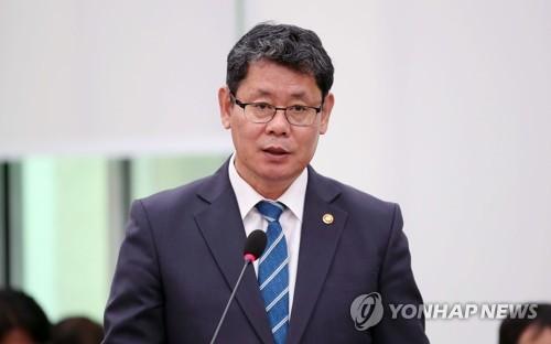 韓統一部長官會見金剛山旅遊項目承辦單位代表
