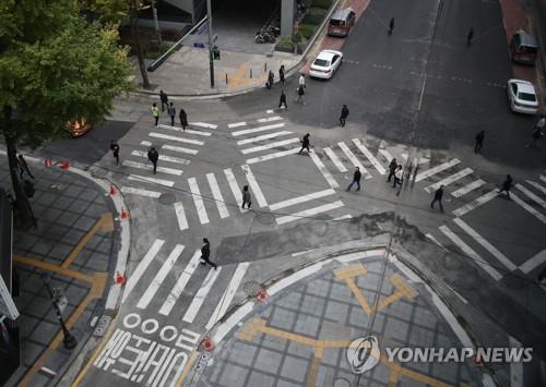 首爾推廣對角線人行道