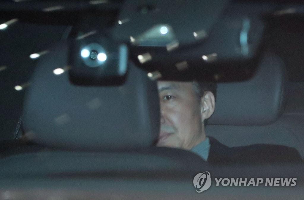 韓前法務部長曹國再受訊拒絕陳述