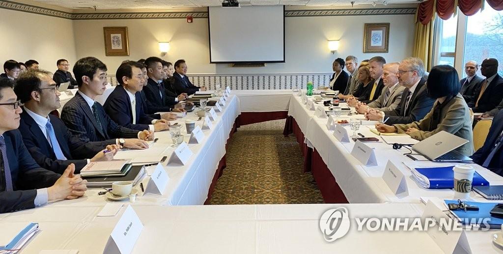 資料圖片:地時間1月14日,在美國華盛頓,韓美舉行旨在簽署第11份防衛費分擔特別協定(SMA)的第六輪談判。 韓聯社/外交部供圖(圖片嚴禁轉載複製)
