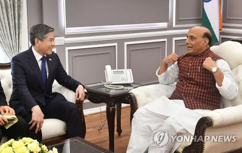 韓印防長通電話討論軍工合作
