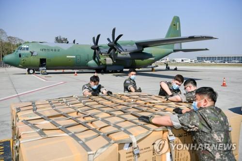 南韓軍機滿載防疫物資從緬甸返回