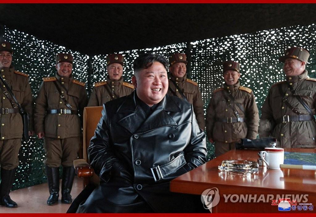 朝媒:金正恩昨日觀摩戰術制導武器試射