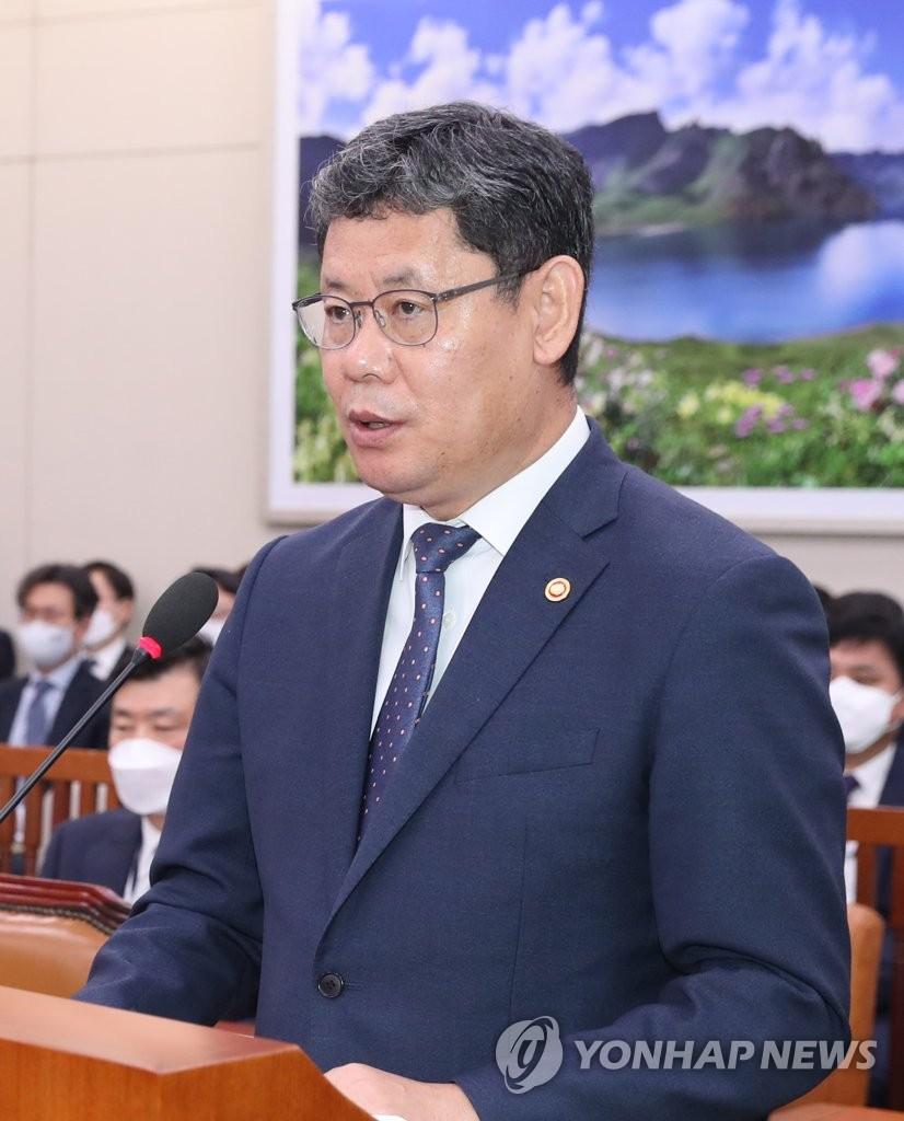 韓統一部長官走訪非軍事區韓方西部哨所