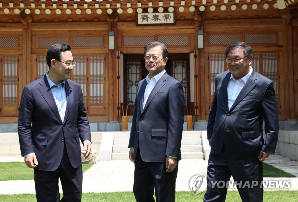 詳訊:文在寅邀請朝野兩黨黨鞭共進午餐