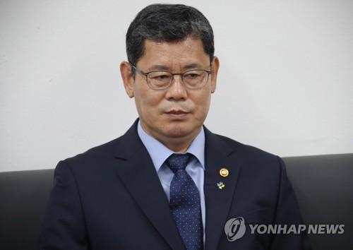 詳訊:韓統一部長官就韓朝關係惡化引咎辭職