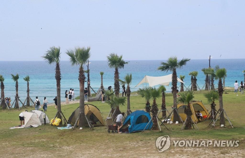 資料圖片:濟州成露營勝地 韓聯社