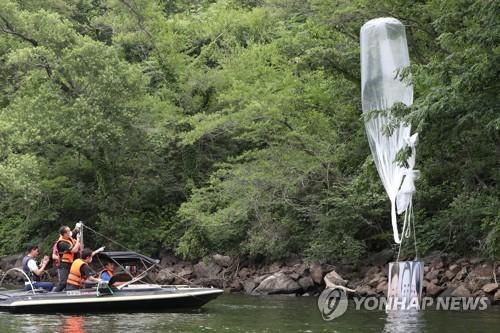 韓統一部:脫北者團體反朝傳單未落入朝境內