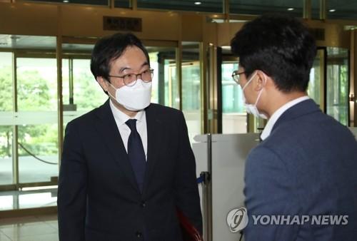 南韓對朝代表李度勳接連會見中俄大使