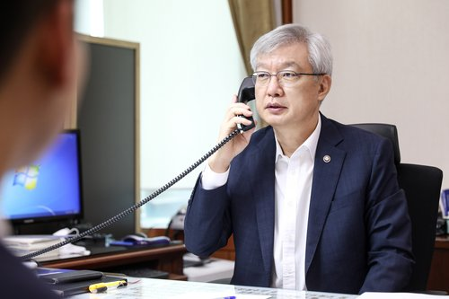 韓副外長出席新冠疫苗合作九國副部級會議