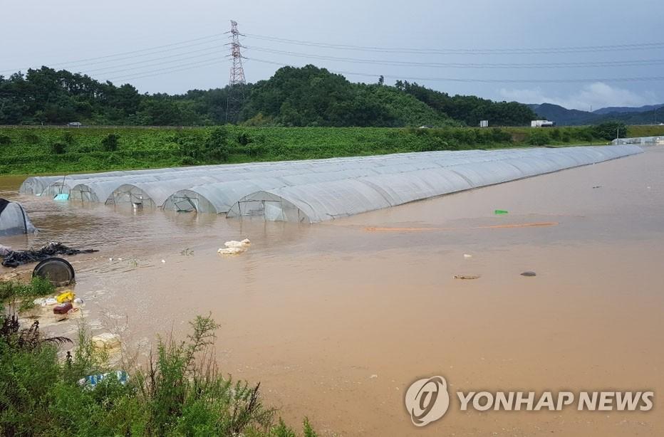 南韓中部地區暴雨致15人死亡11人失蹤