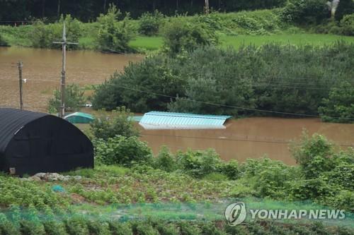 南韓持續一週暴雨致2500人受災
