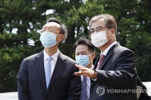 韓幕僚長否認對華外交低姿態