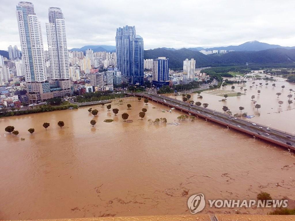 """颱風""""海神""""過境南韓致1人失蹤5人受傷"""