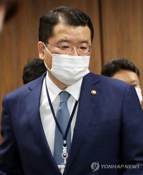 韓新任副外長崔鐘建明啟程訪美