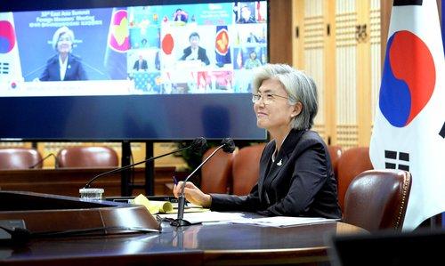 東盟系列外長會發聲明吁韓朝美重啟對話