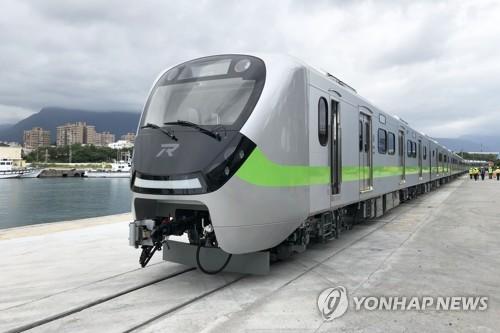現代羅特姆有軌電車交付台灣