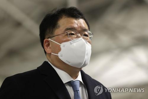 韓副外長崔鐘建啟程赴美