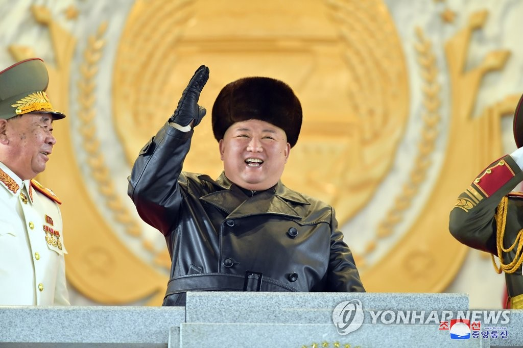 詳訊:朝鮮舉行閱兵式紀念勞動黨八大