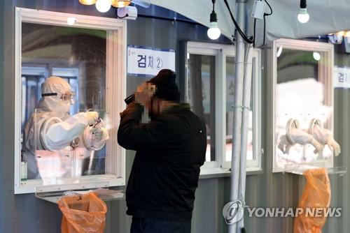 詳訊:南韓新增389例新冠確診病例 累計72729例