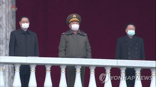 朝鮮高幹觀看軍民聯合大會