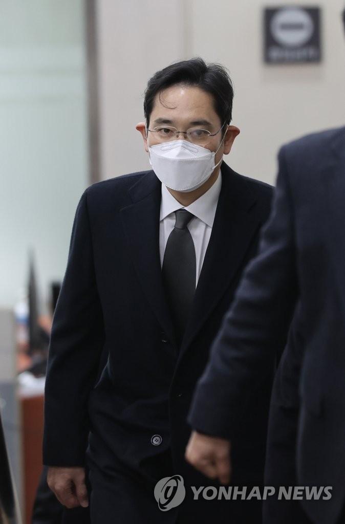 詳訊:李在鎔行賄案重審獲刑2年半當庭被捕
