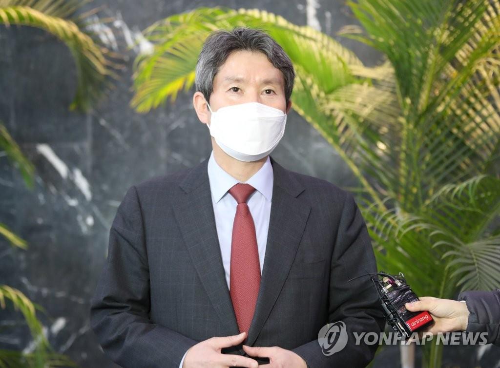 韓統一部長官駁斥在野黨援朝建核電站說法