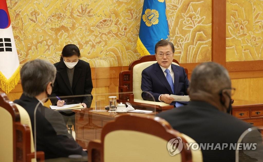 文在寅接見美外長防長強調韓美同盟合作