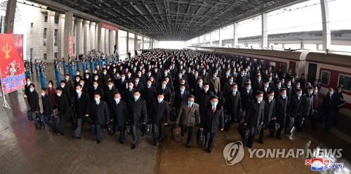朝媒:勞動黨基層書記參觀革命聖地
