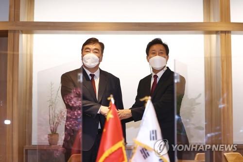 首爾市長吳世勳會見中國駐韓大使邢海明