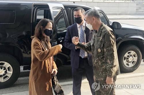 韓美情報機構高官會晤