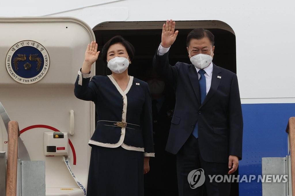 韓總統夫婦啟程赴英