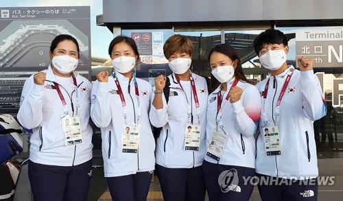 南韓高球女隊抵達日本