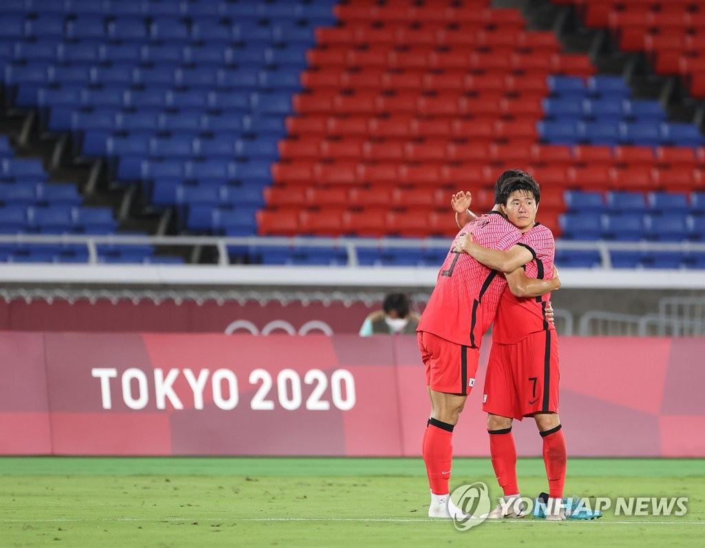 7月31日晚,東京奧運會男足八強賽全面開打,南韓隊不敵墨西哥隊,以3比6無緣四強。 韓聯社