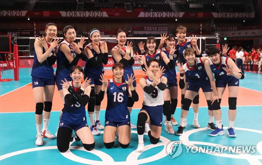 南韓女排闖入四強