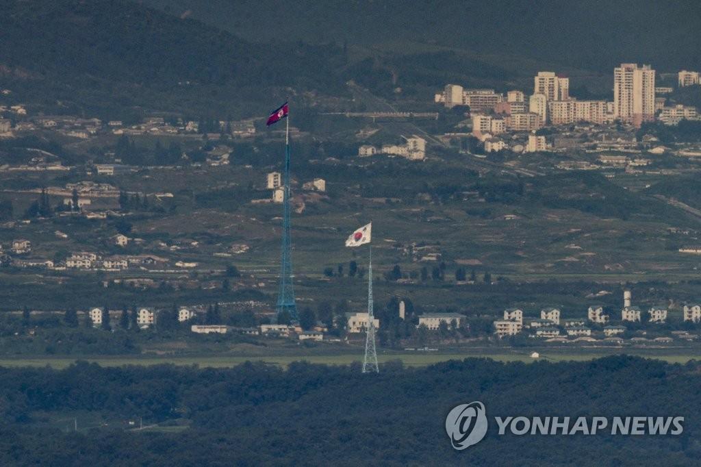 消息:韓美聯演期間朝軍前線低強度演習