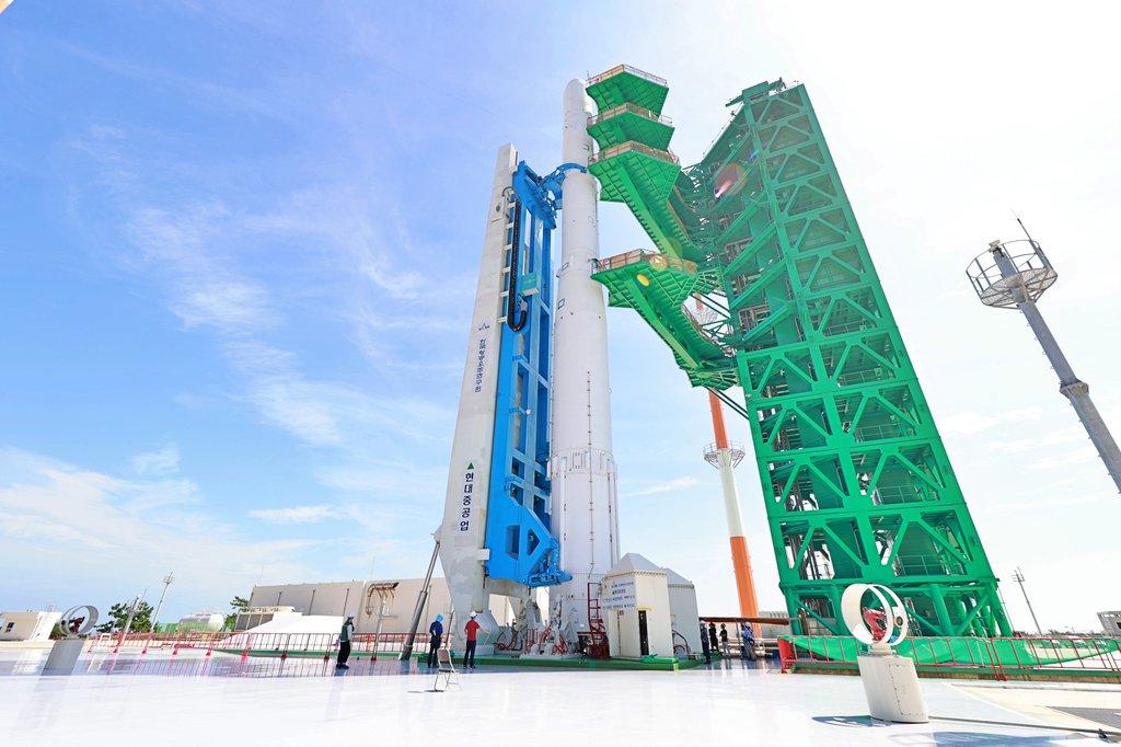 南韓運載火箭固體燃料發動機點火試驗成功
